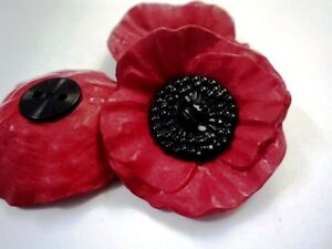 Poppy flower approx 41mm very large black red 2 hole plastic image is loading poppy flower approx 41mm very large black amp mightylinksfo