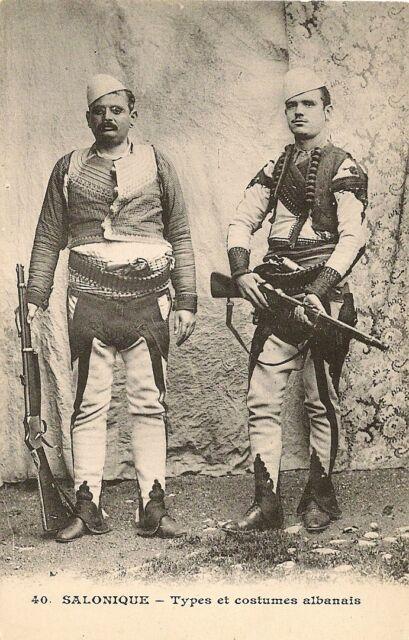 CARTE POSTALE SALONIQUE TYPES ET COSTUMES ALBANAIS