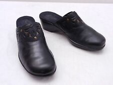 Used Womens 8 M CLARKS Bendables Black Leather Perforated Strap Detail Clogs