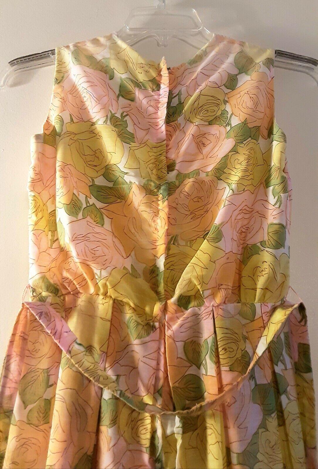 1950's Pastel Rose Print Day Dress (XS) - image 10