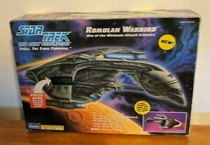 Playmates-STAR-TREK-The-Next-Generation-ROMULAN-WARBIRD-Ship-w-Box