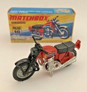 VINTAGE-18-HONDARORA-MATCHBOX-SUPERFAST-LESNEY-MOTORCYCLE-TOY-BLACK-FORKS-NMIB