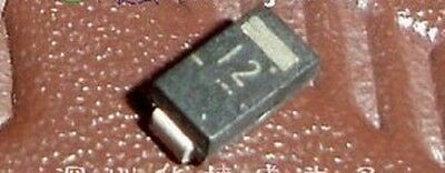 10PCS SMAZ12-13-F DIODE ZENER 12V 1W SMA 12月13日 SMAZ12 SMAZ12-13