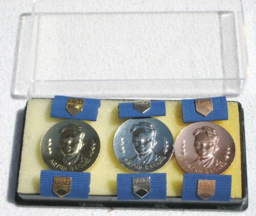 Konvolut FDJ 3 Stufen Artur Becker Medaille Gold,Silber u Sp im Etui ! Bronze