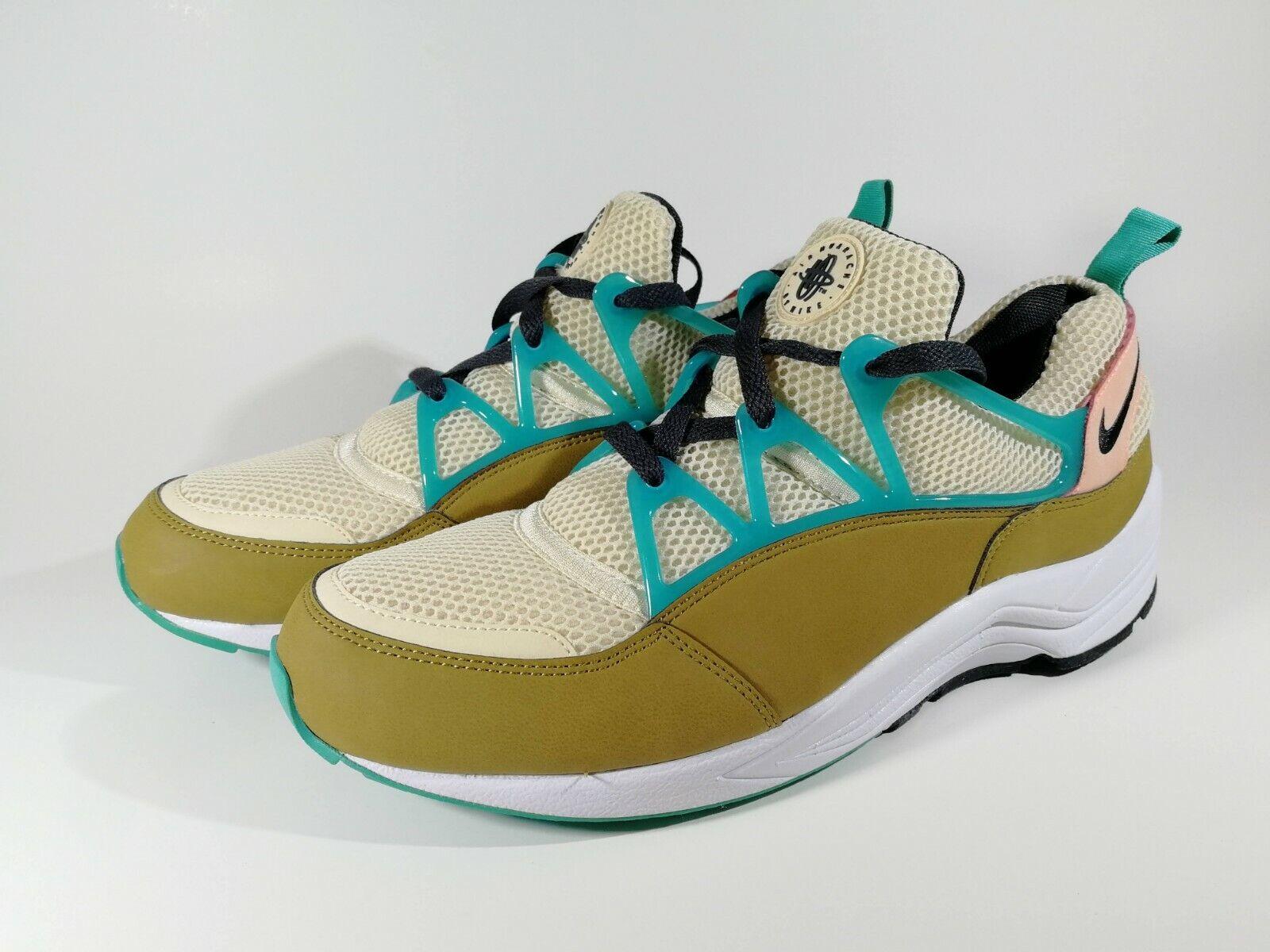 Air Huarache Light FB shoes Size 10US 44EU New
