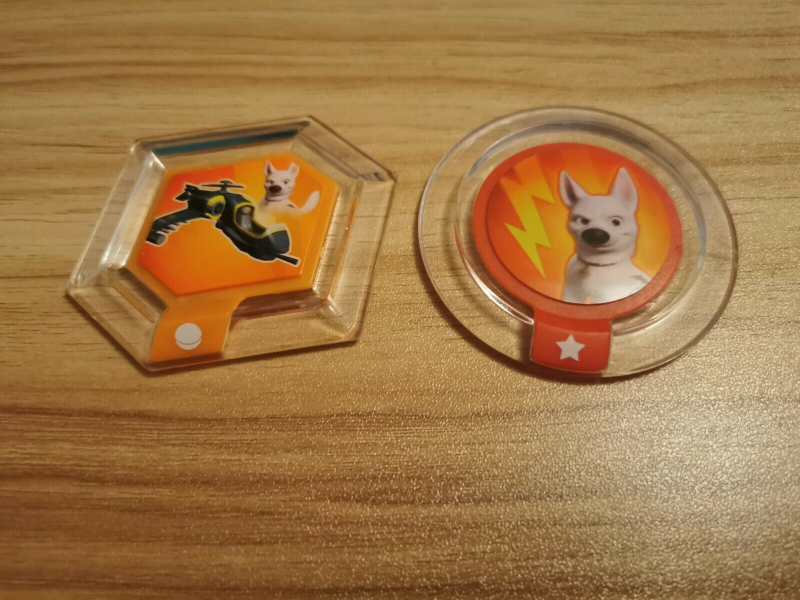 2 Disney Infinity Power Discs Calico Helicopter And Super Strength Bolt