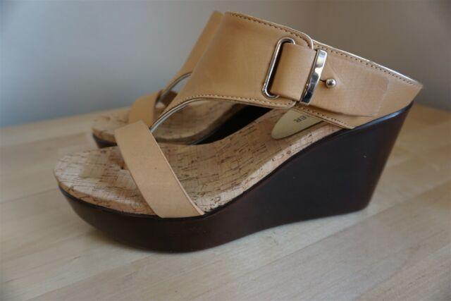 Donald Pliner Gee Leather Wedge Sandal