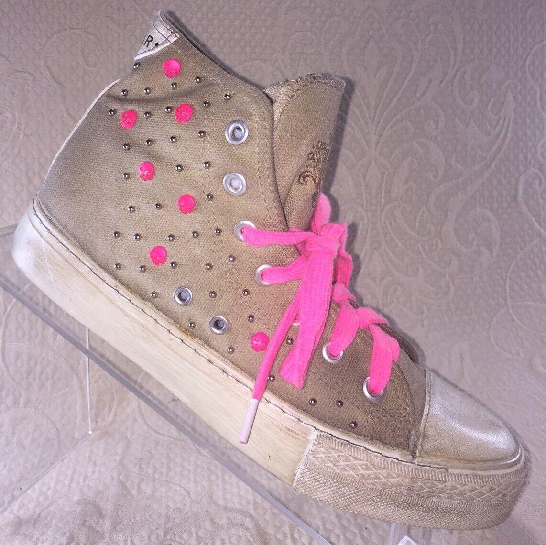 STUDSWAR Womens 6.5 7 NEW Skull Stud Lace Up Sneakers Tan Pink Hi Top Shoe