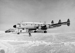 Lockheed-C-121-Constellation-Pegasus-lands-Williams-Field-Antarctica-Photo-Print