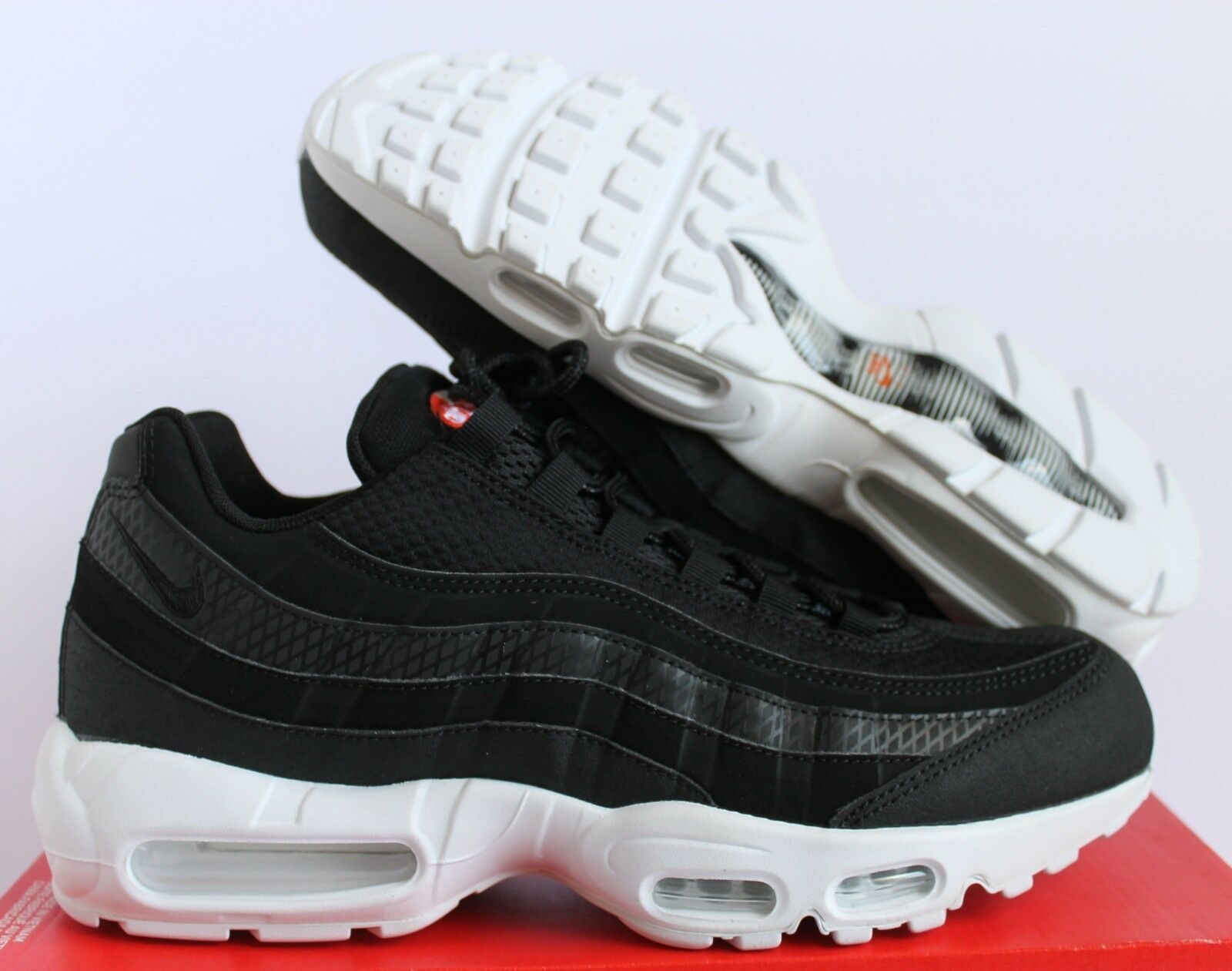 NIKE AIR MAX 95 PREMIUM SE BLACK-WHITE-TEAM orange SZ 10.5