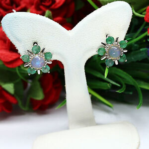 NATURAL-5-mm-WHITE-RAINBOW-OPAL-amp-GREEN-EMERALD-EARRINGS-925-SILVER