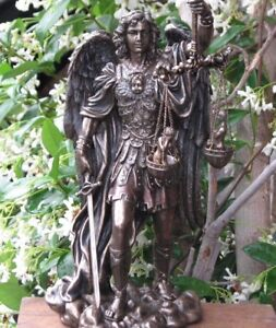 Archangel-Michael-Veronese-Collection-28cm-Bronzed-Statue-Weighing-Souls