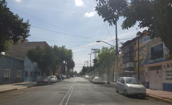MAGNIFICA OPORTUNIDAD DE INVERSION Y ALTA PLUSVALIA AMPLIA CASA MOCTEZUMA 2SECC