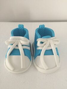 CONVERSE SHOES EDIBLE 3D ICING SUGAR GUM PASTE BABY SHOWER CAKE ... ccb906bb0