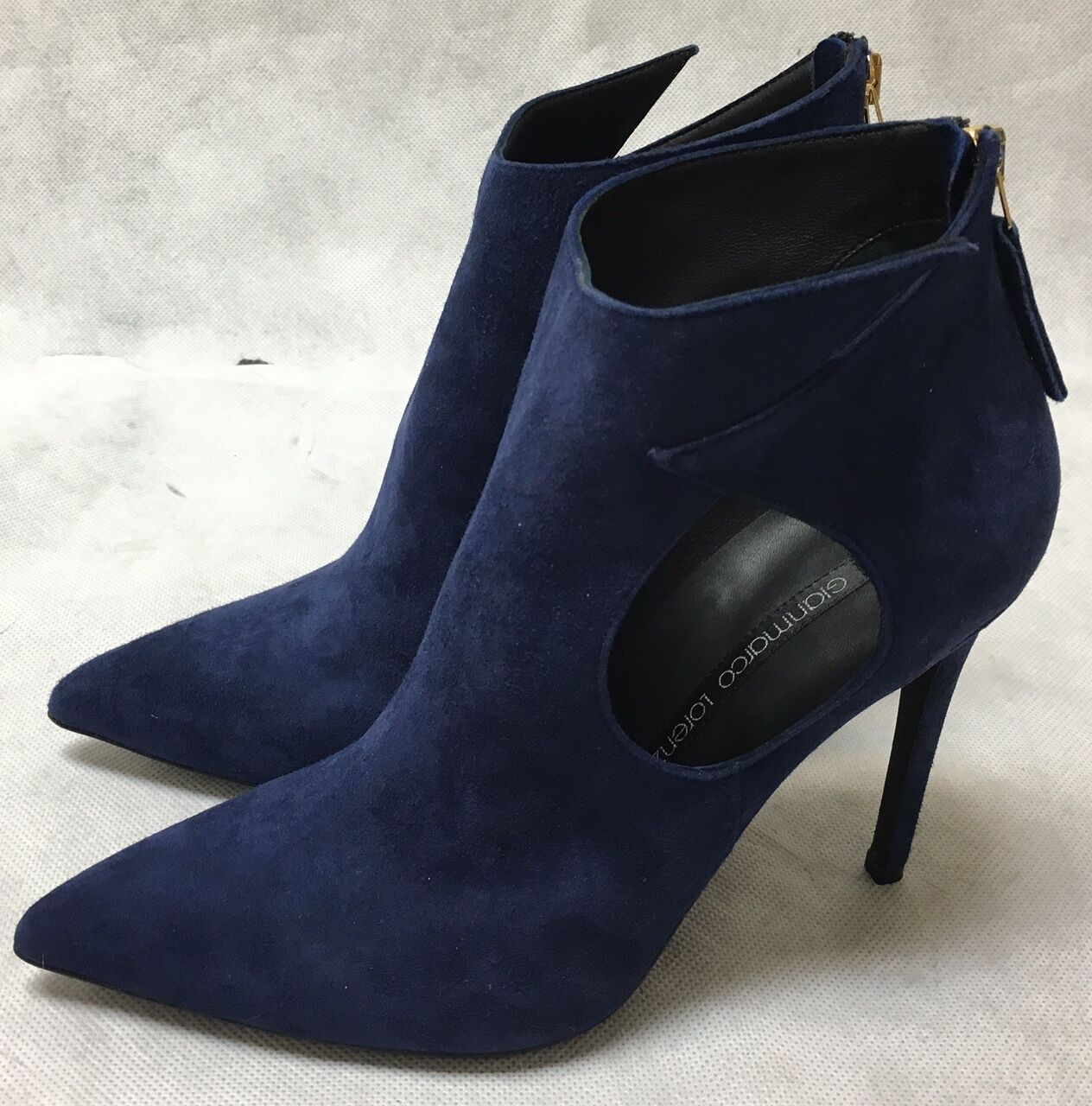 Gianmarco Lorenzi Blau Suede Heels. A6GI569B.   Various Größes.