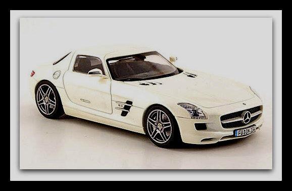 Wonderful SCHUCO-modelcar MERCEDES SLS AMG AMG AMG 2010 - white metallic - scale 1 43 9a22ec