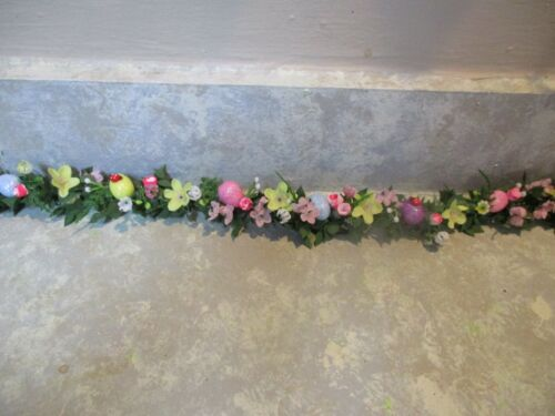 Miniature Doll//Fairy Indoor Garden//Easter Village Garland//floral//EGGS