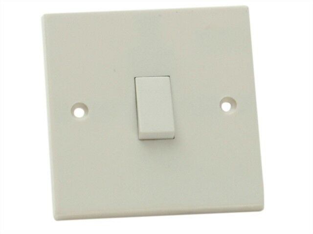Light Switch 1 Gang 2 Way - Electrical Fittings & Lightbulbs - SMJW12LSC