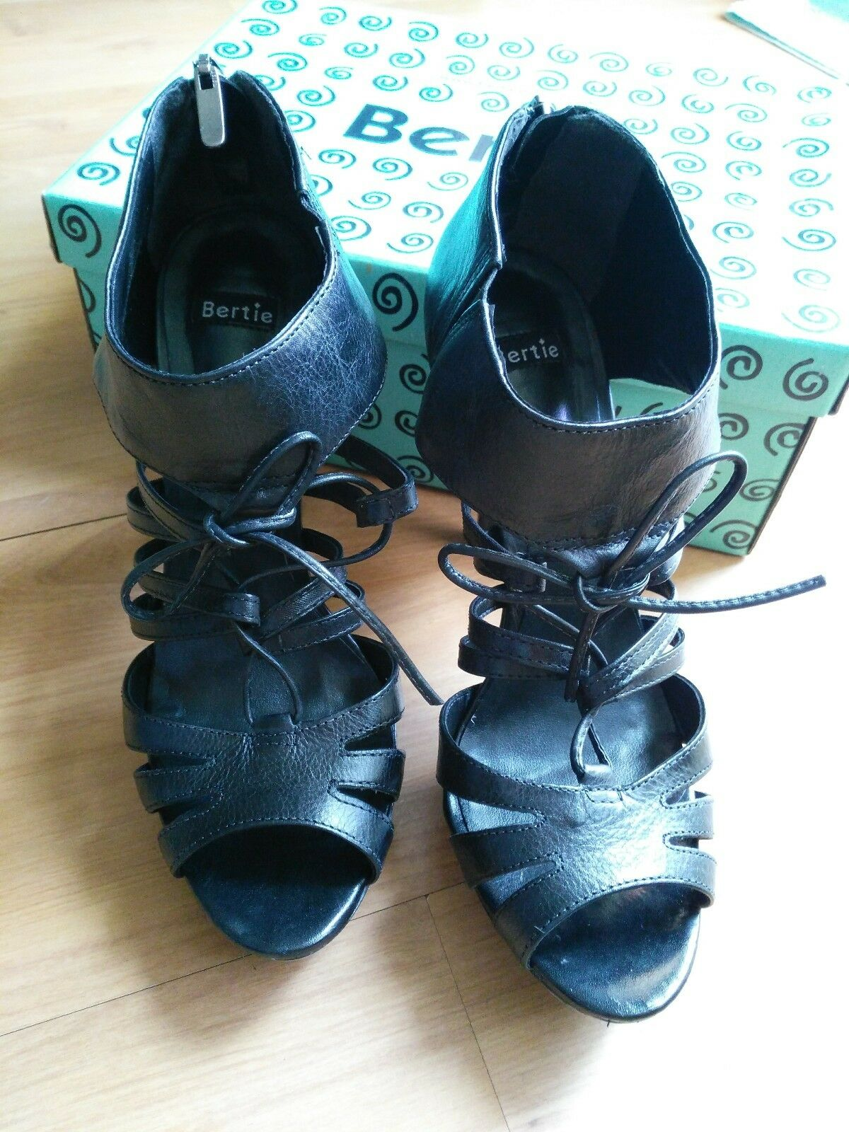 BNIB Bertie sandals shoes size 7 40