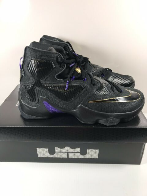 newest e6ba4 bdfc4 Nike Lebron 13 XIII Basketball Shoes James Sz 11 Pot of Gold Fit for a King