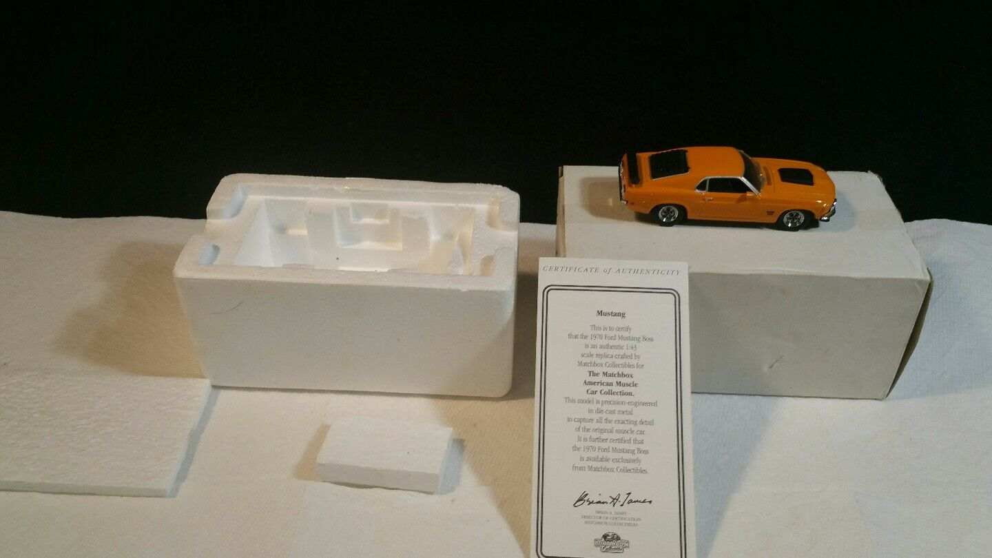 MATCHBOX MUSCLE CAR  COLLECTION  1970 FORD MUSTANG  BOSS  1 43 DIE CAST.