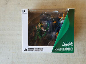 DC-Injustice-Gods-Among-Us-3-75-034-Green-Arrow-Vs-Deathstroke-New-MIB