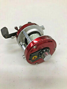 FT4-vintage-Early-Daiwa-Millionaire-3R-Level-Wind-Fishing-Reel-with-Braided-Line