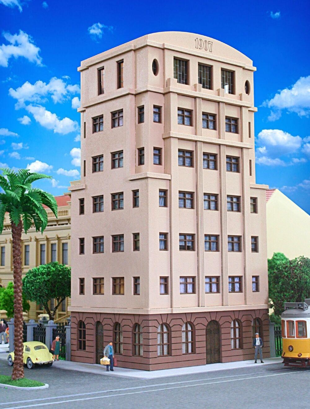 HO - 1 87 - HOLZMANN MODELS - Chamber of Commerce