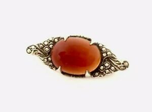 Antique-Vintage-Sterling-Silver-Carnelian-Cabochon-amp-Marcasite-Brooch-GIFT-BOXED
