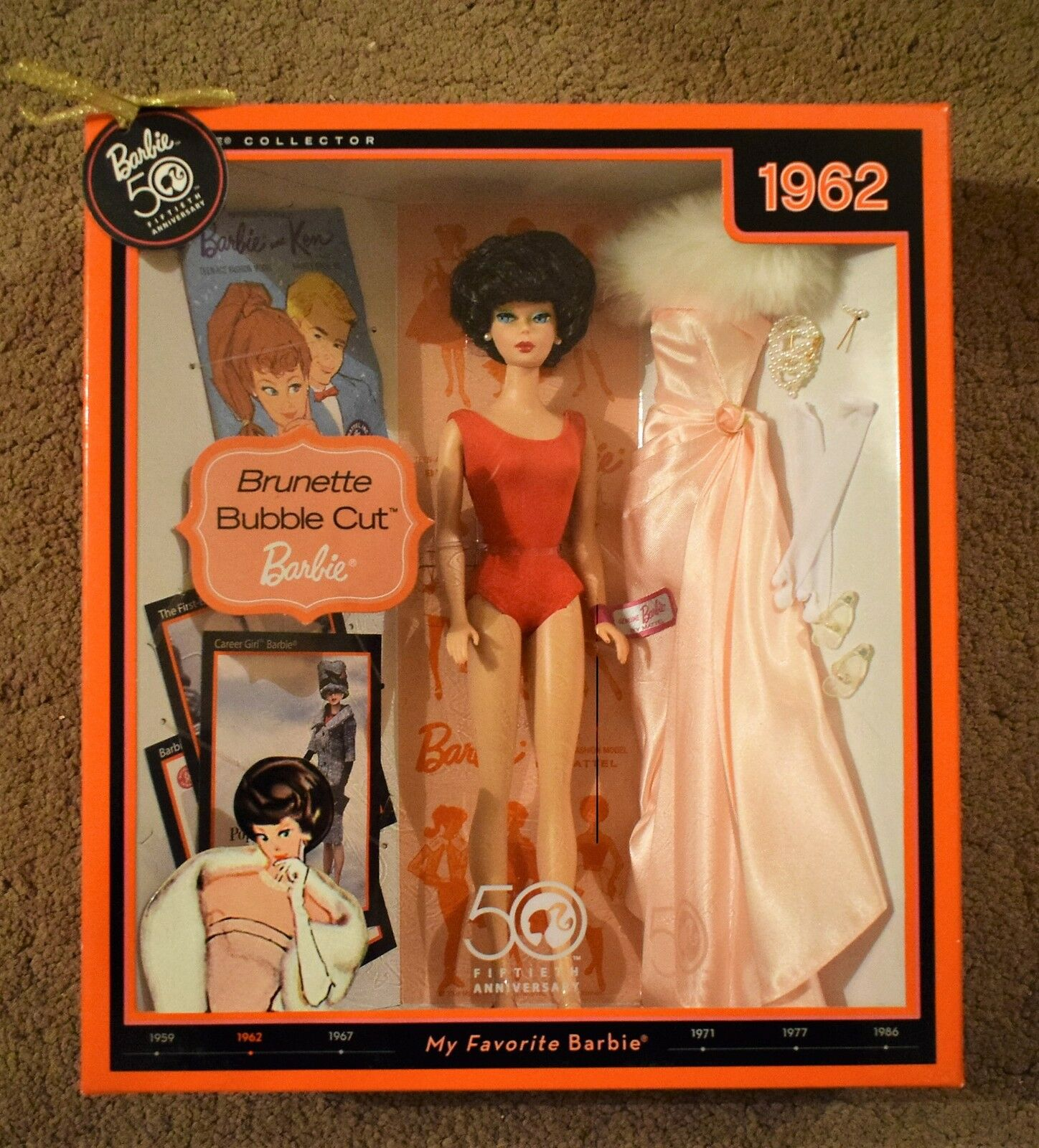 BARBIE 50th ANNIVERSARY 1962 BRUNETTE BUBBLE CUT COLLECTOR EDITION    DOLL SET 61ee87