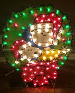 image is loading peanuts snoopy christmas wreath charlie brown yard prelit - Snoopy Christmas Outdoor Decorations