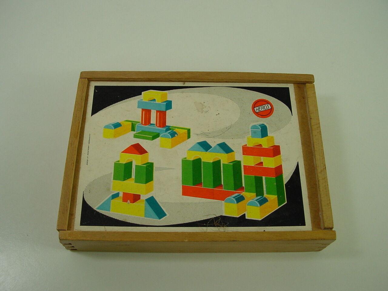 De edad avanzada Heros Heros Heros holzbaustein-recuadro, probablemente 50er 60er años juguetes de madera, juego d073a5