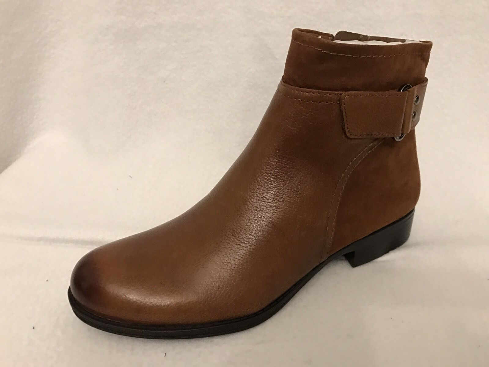 Naturalizer Ankle Boots Booties Block Heel Side Zipper Size 7 Leather NWT