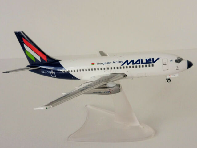 Herpa Wings 1:200 Malév Hungarian Airlines Boeing 737-200 ** RARE **