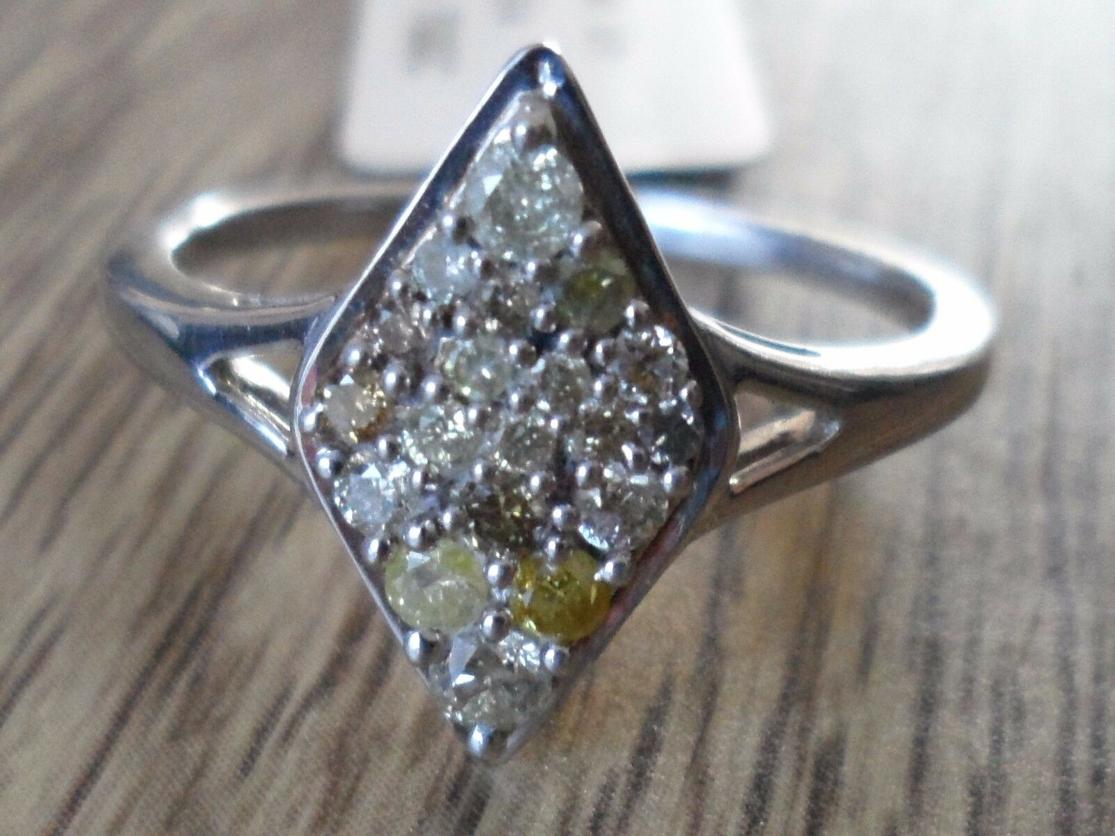 STUPENDO STUPENDO STUPENDO AUTENTICO NATURALE FANCY anello di diamanti in argentoo Sterling 0.33ct b60993