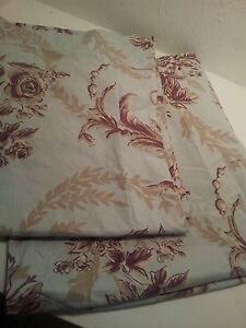 2-POTTERY-BARN-BED-AND-BATH-FLORAL-STANDARD-PILLOW-SHAM-BLUE-BROWN-PRE-OWNED