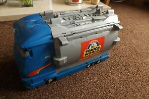 TOMY-TOMICA-HYPERCITY-SUPER-TANKER-OPENS-UP-AND-HAS-MANY-FEATURES-PLS-READ