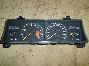 Nissan-Sunny-Coupe-B12-GTI-9000U-min-Kombiinstrument-Tacho