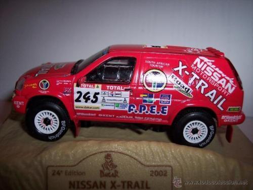 Nissan X Trail Johnny Hallyday Dakar 2002 1 43