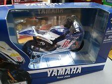 MAISTO 31569 YAMAHA YZR-M1 model motorbike WC Valentino Rossi MotoGP 2009 1:18th