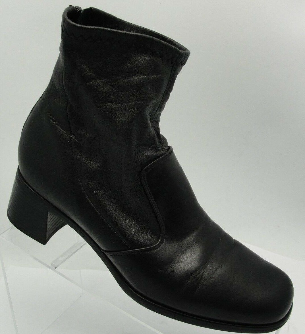 Munro American Sz 7M Black Leather Booties Back Zip Women's Ankle Boots S49