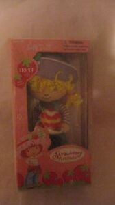 Rare-Strawberry-Shortcake-Soft-Doll-Purple-Hat-By-Those-Characters-2003-NEW-t154