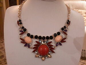 Brand new chunky gold necklace with multi coloured stones and crystals - Leicester, United Kingdom - Brand new chunky gold necklace with multi coloured stones and crystals - Leicester, United Kingdom