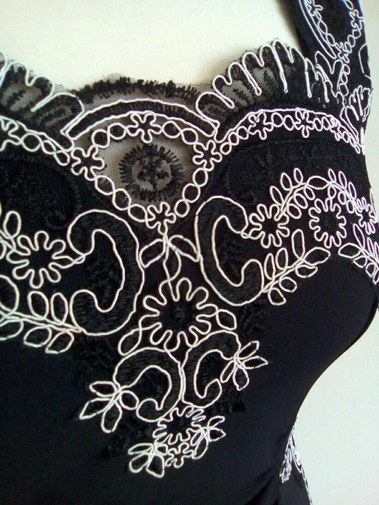 Lipsy Taille 10 Chic Sweetheart Mono Brodé Robe Moulante Bnwt @ Prochain