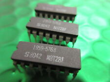 N8T28F, Signetics Ceramic Bus Transceiver DIL16, **5 per sale**