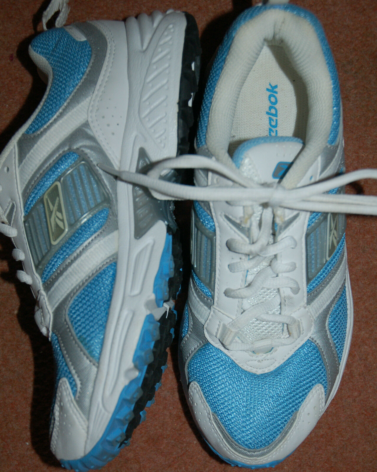NEW Sz 5 Reebok lace Weiß & Sky Blau lace Reebok up Trainers Silver trim School Sports ba602a