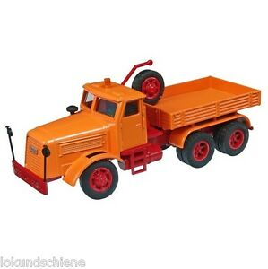 Kaelble-kdv22-z8t-historico-Tractor-Pesado-NZG-1-50-452-NARANJA