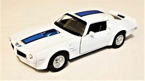 Welly - 1:34-1:39 Scale Model 1972 Pontiac Firebird Trans AM White (BBWE43735DW)
