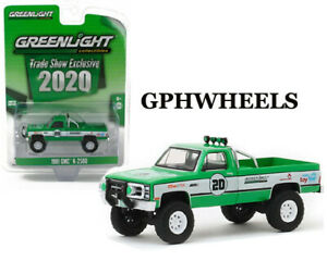 Anniversary Collection 1:64 NEU!° Greenlight 28020-B GMC K-2500 weiss//blau