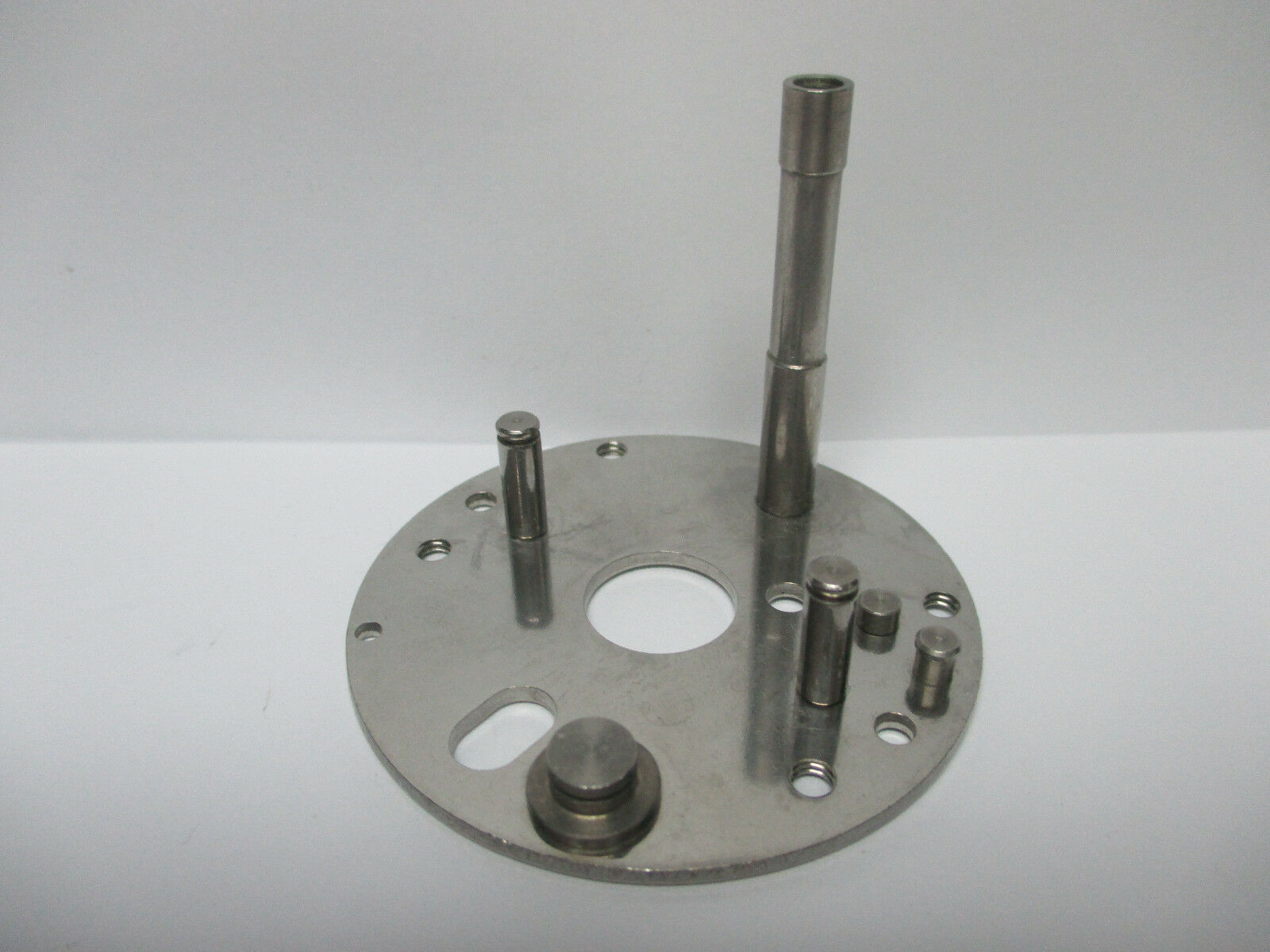 NEW NEWELL CONVENTIONAL REEL PART - C 332 5 - Bridge Only